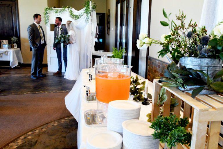Crane-bride-and-groom-960